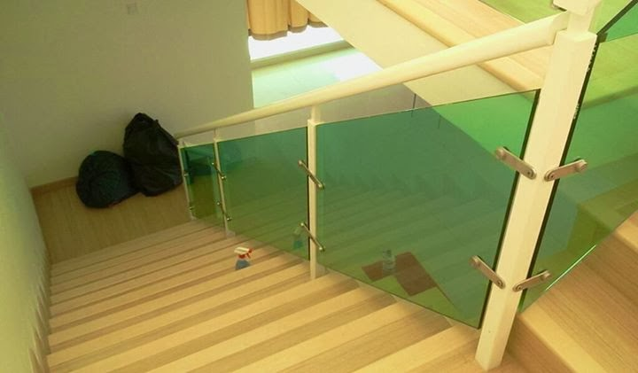 Aluminium Glass Staircase